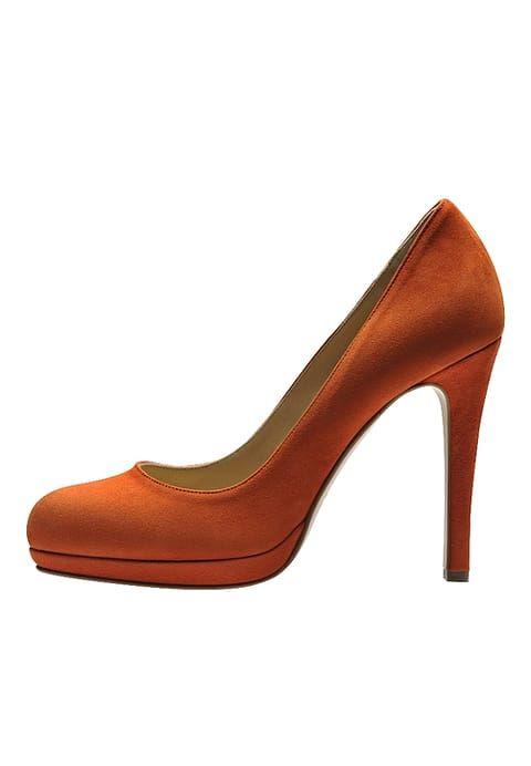 Chaussures Evita Escarpins à talons hauts - orange orange: 160,00 € chez Zalando (au 31/12/16). Livraison et retours gratuits et service client gratuit au 0800 915 207.