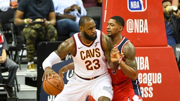 #LeBron puts on #never-before seen #show...