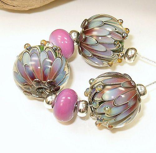 lampwork floral focal bead set by cornelia lentze