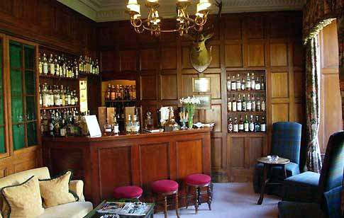 Everyone should have a bar.: Scotch Room, Drinking Room, Bedroom Inspiration, Basement, Churchill Room, Tartan, Extra Rooms, Comfy Drinking, Flannel