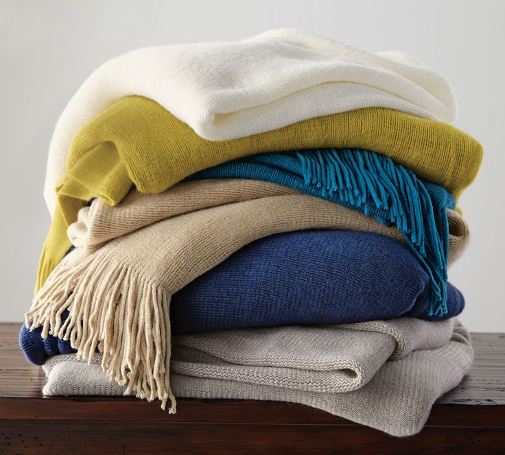 It's that time of year - get snug on the couch with these luxurious #throws. #fallfashion #searscanada #fallfavourites
