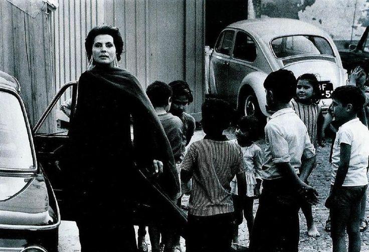 Fadista Amália Rodrigues,Eduardo Gageiro,1971
