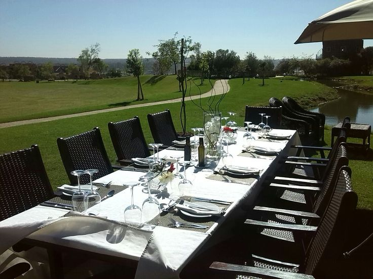 Fresh outdoor events in Jozi - lunch on Tintswalo at Waterfall's grass. Cheers!