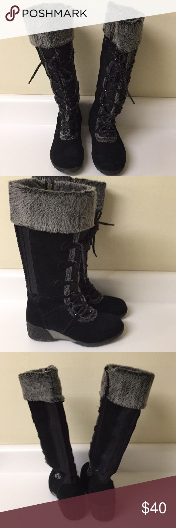 Khombu winter boots with fur. Size 6 Excellent condition. Size 6 khombu boots with fur . Adorable lace up detail. Stay warm with these fabulous boots. Khombu Shoes Winter & Rain Boots