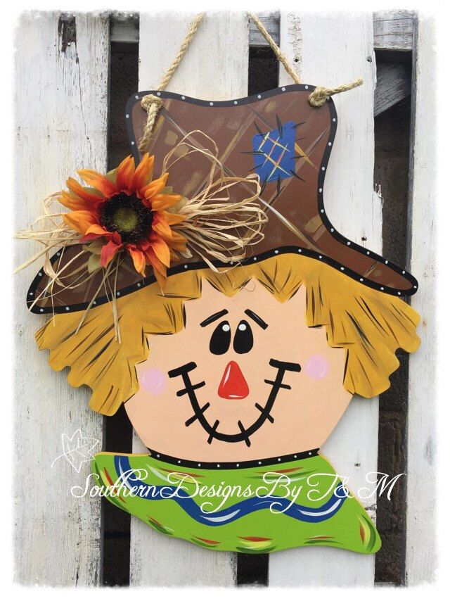 Scarecrow door hanger, fall door hanger, fall decor, wooden door hanger by SouthernDesignsByTM on Etsy https://www.etsy.com/listing/249311432/scarecrow-door-hanger-fall-door-hanger