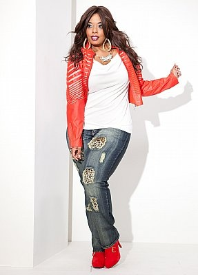 "Love this-kind of reminds me of a revamped ""Beat It"" outfit! LOL...Plus size outfit"