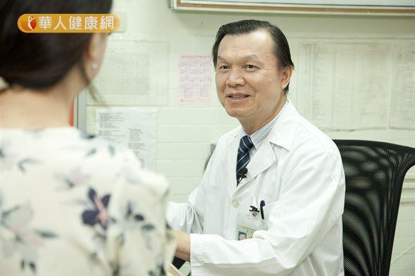 鼻咽癌治療免手術 放化療減少復發.  林進清醫師表示,在頭頸癌種類中,鼻咽癌是個很特別的癌症種類,在華人地區的發病率特別高。(攝影/江旻駿)