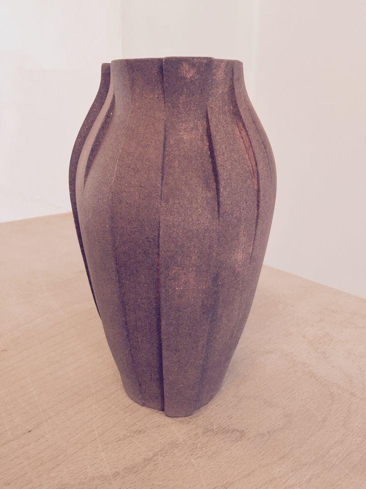 Vase - gietmal diverse segmenten, engobe koperoxide en ijzeroxide. - Ceramics