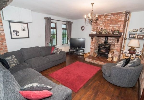 Sycamore Cottage, 51 Cannyreagh Road, Donaghadee #northernireland #propertynews #propertynewsni #forsale #buynow #livingroom