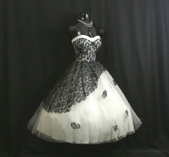 Vintage 1950 S 50s Strapless Black Lace White Tulle Circle