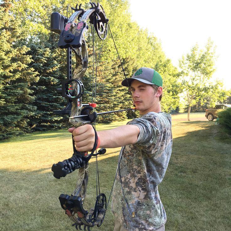 💥Dialing in! Gotta keep up the practice so you can make that perfect kill shot. #finditownitloveit #YOURTHRILL #challengeyourlimits #experiencethepredatorwithin #predatorpack #kingscamo #pse #psearchery #bow #archery #practice #compoundbow