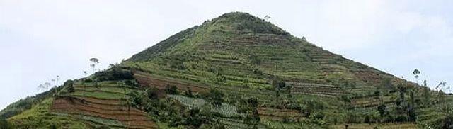 Atlantis in Indonesië? Geoloog claimt resten van verloren beschaving te hebben gevonden - http://www.ninefornews.nl/atlantis-indonesie-geoloog-claimt-resten-van-verloren-beschaving-te-hebben-gevonden/