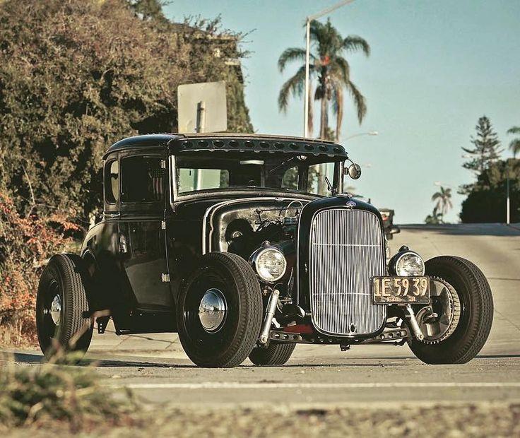 I Spy #fuel32  @mr.mukatsuku @seeholmez  See more at Fuel32.com Click link in bio  #modela #1932ford #1931ford #1930ford  #1929ford #1928ford #32ford #highboy #deuce #coupe #hamb #ford #1932 #vintagecar #hopuplive #streetrod #hotrod #sema #trog #customcar #5window #3window #roadster #flathead #traditionalhotrod #roddersjournal #livingthehighboylife