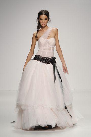 Los vestidos de novia de Jordi Dalmau foto 18