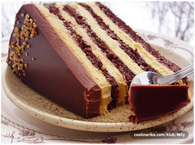 Saznaj više: Torta s lješnjacima i karamelom