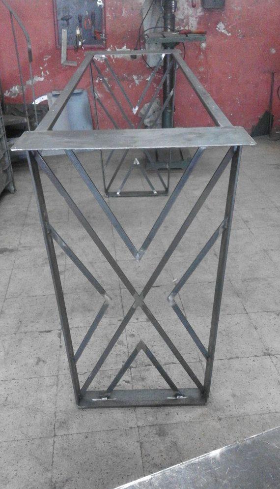 Pata de la mesa trapezoide altura 28 W 24 juego