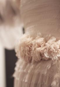 ©La mariee aux pieds nus - Robe de mariee, Leila Hafzi - Metal Flaque Paris