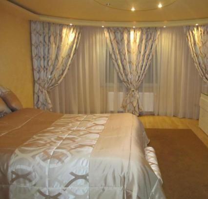 Modele de perdele si draperii pentru dormitor