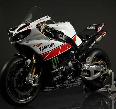 Racing Cafè: Yamaha YZF-R1 Team Yart 2011