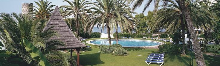 2 noches en el Atalaya Park Golf Hotel & Resort **** de Estepona en media pensión (78€) o en Todo incluido (123€) http://www.chollovacaciones.com/CHOLLOCNT/ES/chollo-hotel-atalaya-park-oferta-estepona.html