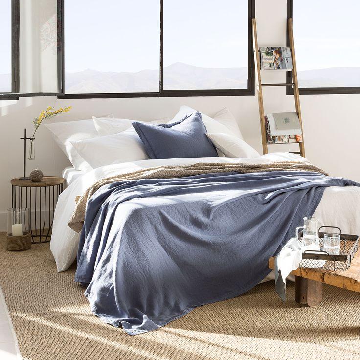 Les 25 meilleures id es de la cat gorie couvre lits sur for Cubre canape zara home