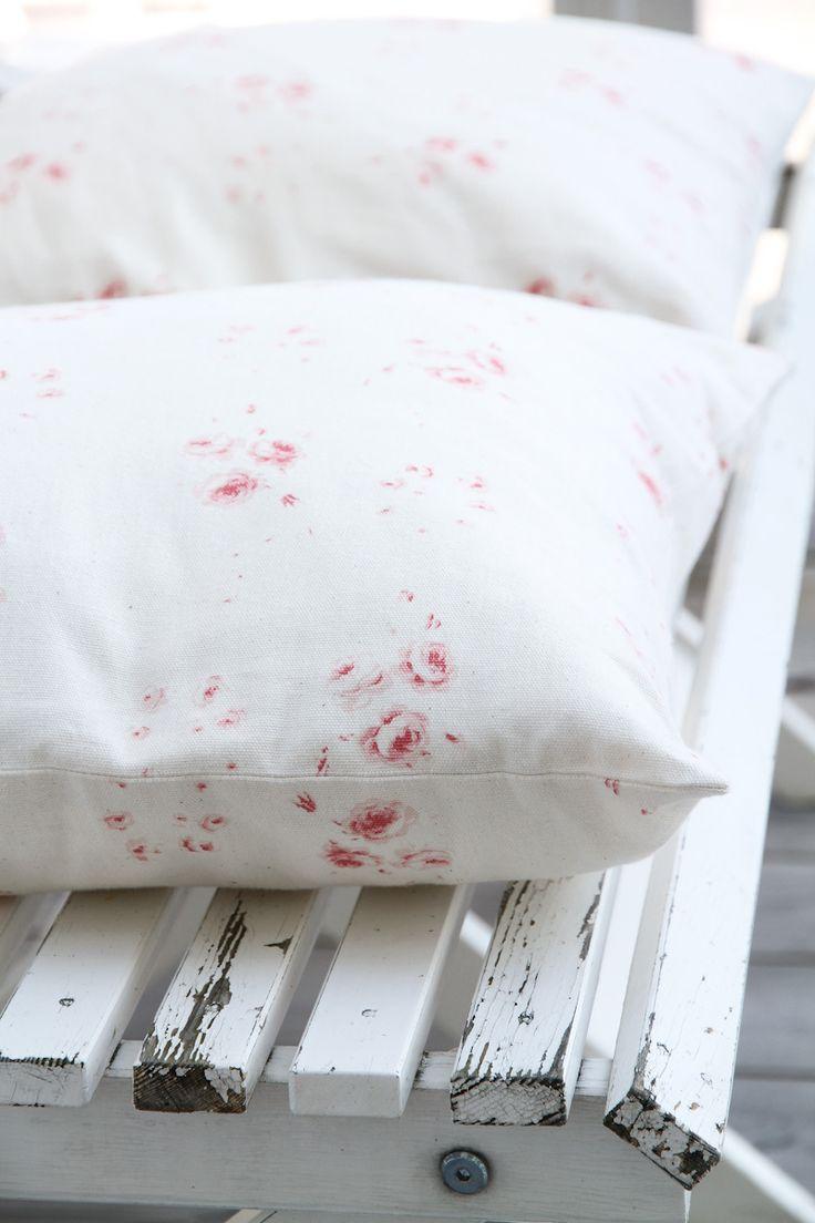Cabbages & Roses | Atelje Matilde | Kuddfodral Catherine Rose Vintage Pink | Matilde & Co | Handla online