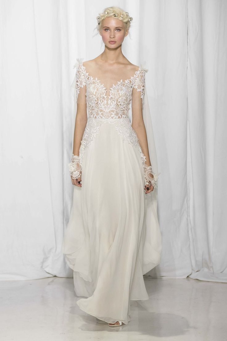 Trending Reem Acra Bridal Fall Fashion Show