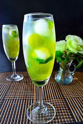 ミントと抹茶のラムソーダ わらび餅入り Cocktail ノンアルコール版レシピ付 レシピブログ