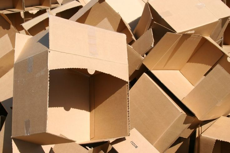 If you are really on a tight budget and need to save every dollar possible on your move, here are a few great ways to get free boxes for you move.