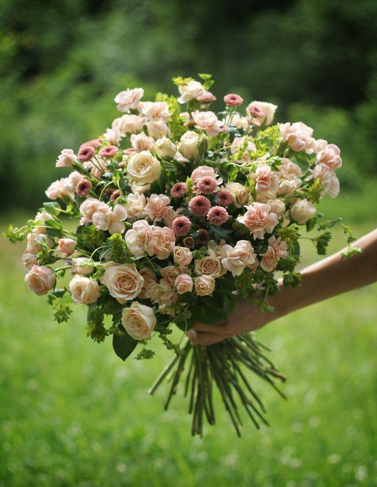 bouquet by AKURATNIE kwiaty  www.akuratnie.com.pl…