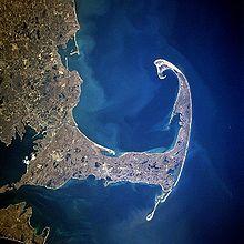 Mayflower arrived inside the tip of Cape Cod fishhook, 11 November/21 November 1620