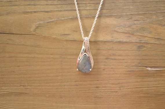 Genuine Newfoundland LABRADORITE Sterling Silver Pendant with chain p206 on Etsy, $60.00 CAD