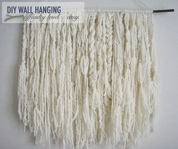 25 unika yarn wall hanging id er p pinterest v ggdekor for Diy yarn wall art