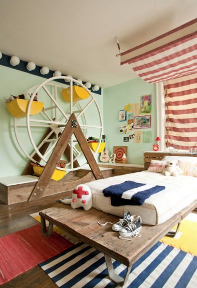 Love the Ferris wheel for toy storage!