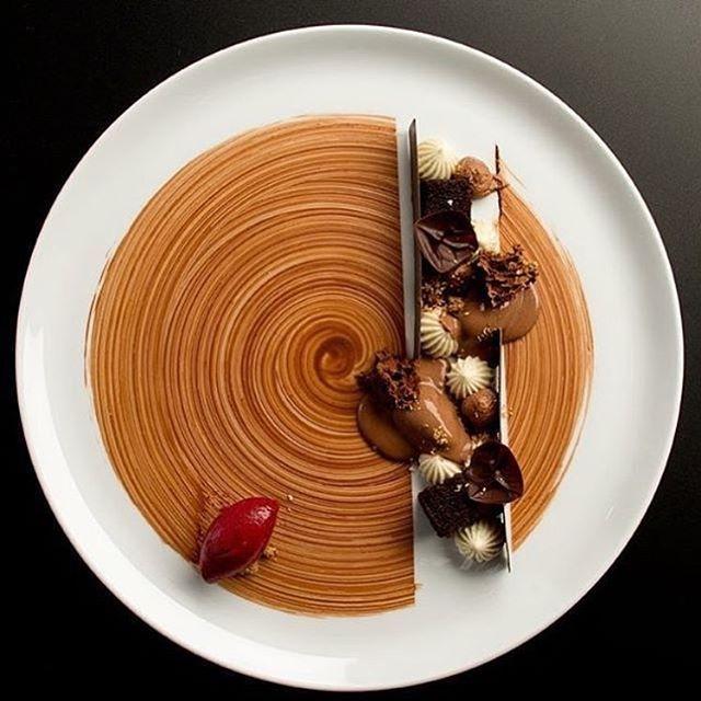 Lapsang Souchong tea sorbet, black currants, vanilla, & chocolate. ✅ By - @chefmartindiez ✅ #ChefsOfInstagram www.ChefsOF.com