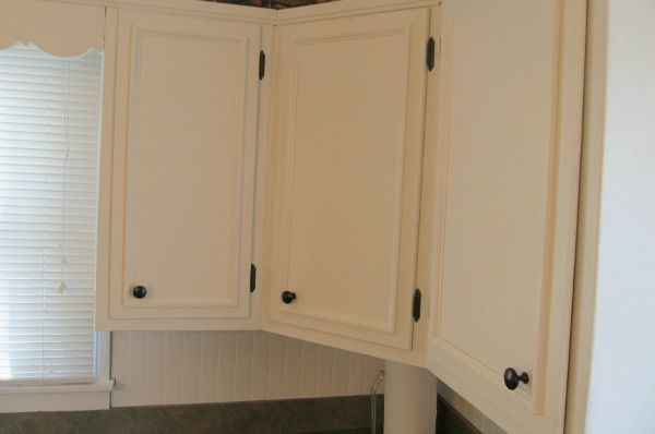 44 best images about leslie 39 s home makeover on pinterest - Kitchen cabinet diy makeover ...