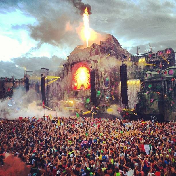 Tomorrowland 2013, Main Stage