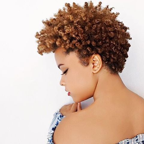 Love this textured cut @ilovealimara ✂️Gorgeous color #naturalhair #curlyhair #taperedcut #voiceofhair