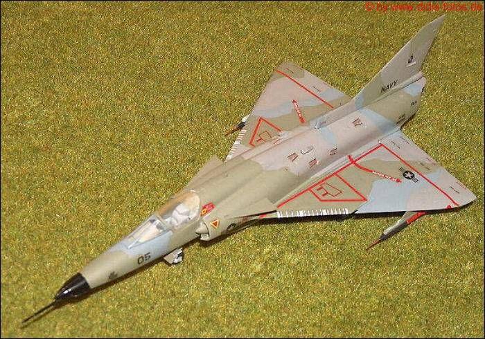 """Flugzeugmodell in 1:72, USA - IAI F-21 """"Lion""""(Kfir C-2) (Italeri 158)"""