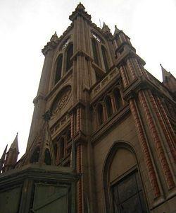 Sabias que la Iglesia del Rosario de Nueva Pompeya es considerada la más popular de Buenos Aires. www.baireschurch.blogspot.com