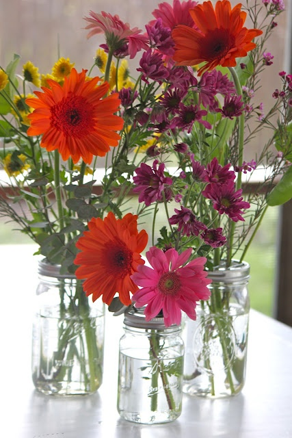 How to Make:  Mason Jar Frog Lids Tutorial  (rings to turn mason jars into vases with floral stems being held straight)