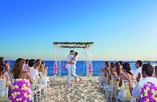 Http Www Applevacations Com Hotels Dreams Riviera Cancun Resort Spa Html
