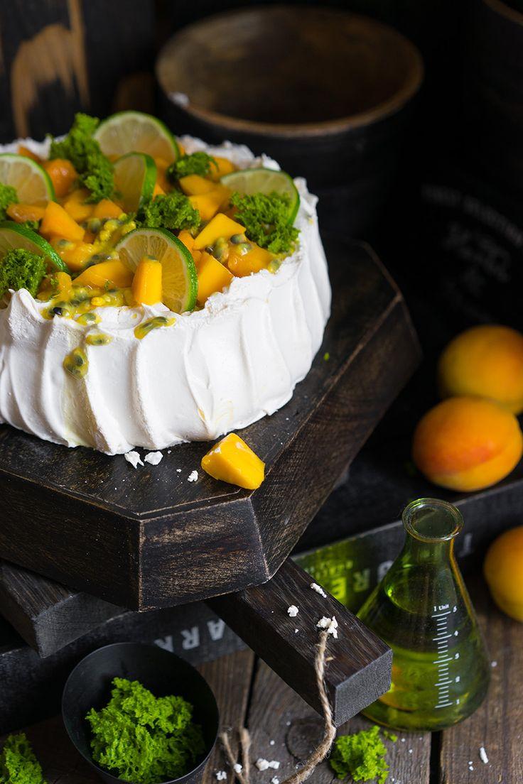 Павлова — нежный летний десерт