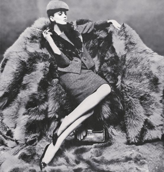 Grace Coddington. Anyone know the photograper/magazine for this photo? Let me know @lascasartoris