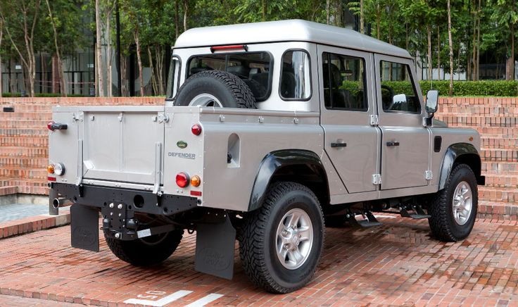 Can't wait for the Defender Double Cab to be re-released in the States!  Dream truck!