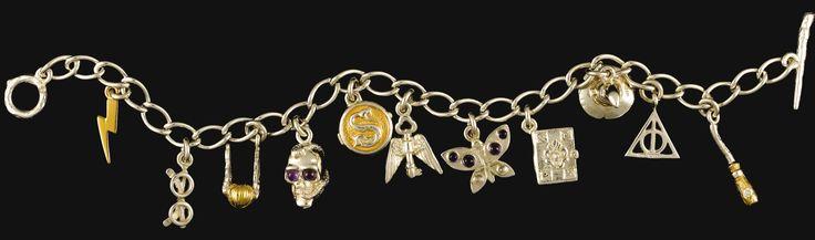 Lumos Maxima | pulsera de amuletos | Lumos foundation | jk Rowling | gold