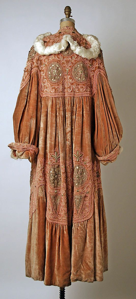 Opera coat (rear view) Callot Soeurs (French, active 1895–1937) Date: ca. 1907 Culture: French Medium: silk, metal, feathers Dimensions: Length at CB: 59 1/2 in. (151.1 cm) Credit Line: Gift of Karen Roston, 1984 Accession Number: 1984.167