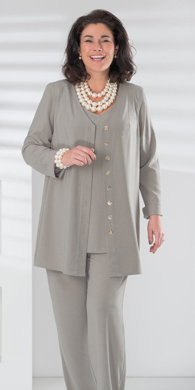 Box 2 silver crepe v neck jacket, vest and trouser