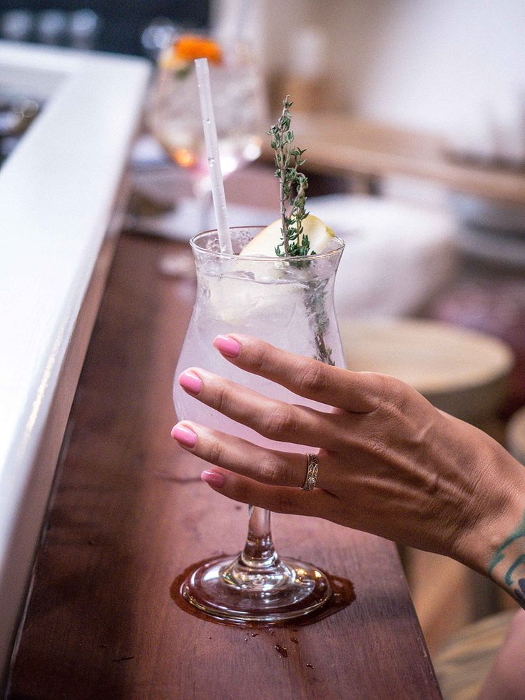 Byron Bay photoshoot - cocktails and nails