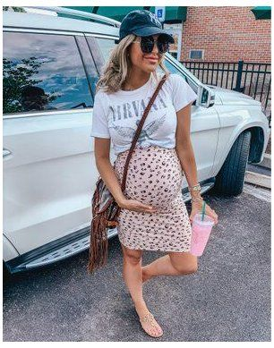 Casual Maternity Outfits, Outfits Casual, Stylish Maternity, Maternity Wear, Summer Maternity Clothes, Cute Pregnancy Outfits, Cute Maternity Style, Maternity Styles, Maternity Swimwear